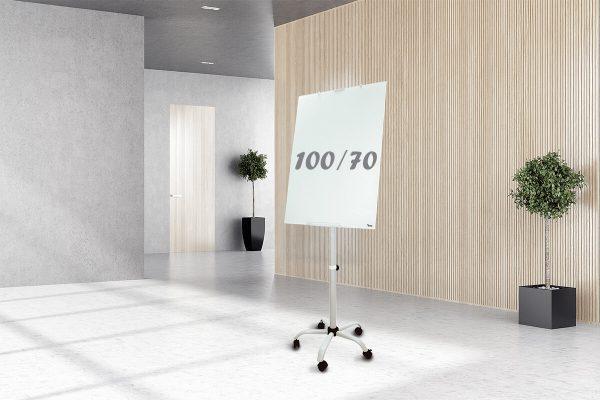 לוח מחיק נייד פליפצ'ארט רגל קרם 100/70